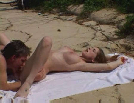 Hard Sex on the Beach - A young girl fuck on the beach