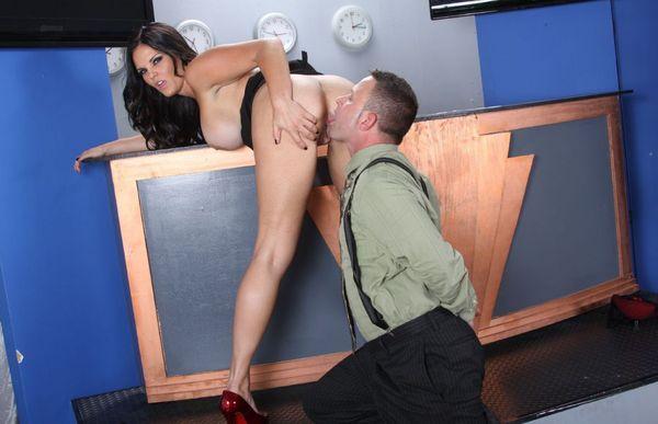 Mackenzee Pierce Ass Licking