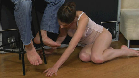Hard Fucked a young girl and Bondage