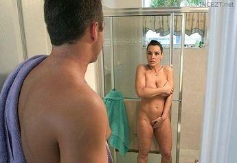 Lisa ann nude mom son