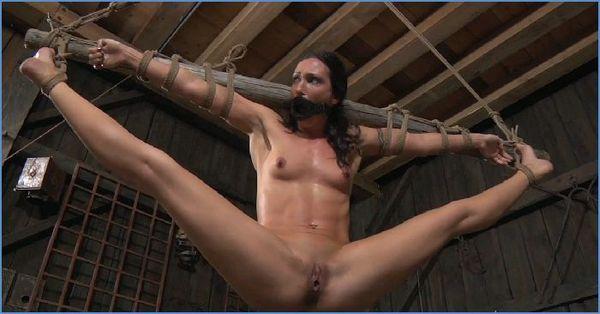 Спанкинг жестокий розгами и истязания рабынь в порнокомиксах смотреть бесплатно