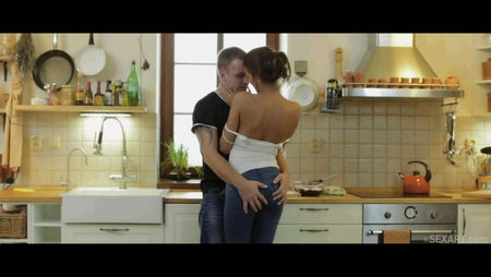 Sex in the kitchen - guy fry his girlfriend in the ass
