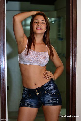 Latina Teen Page Latina 17