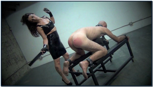 Spanking And Ass Worship Femdom