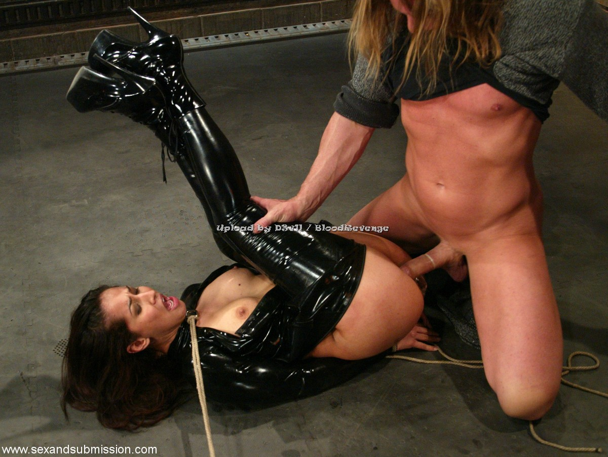 zhestkoe-bdsm-video-smotret