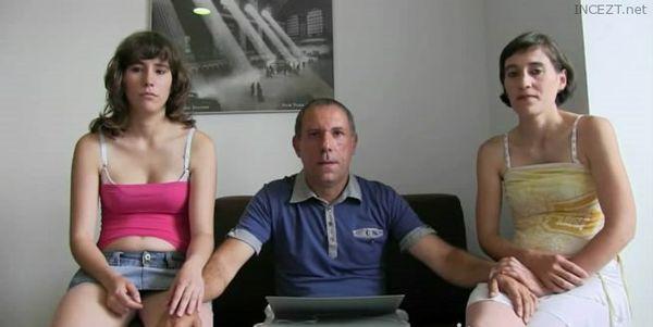 Women with armpit fetish