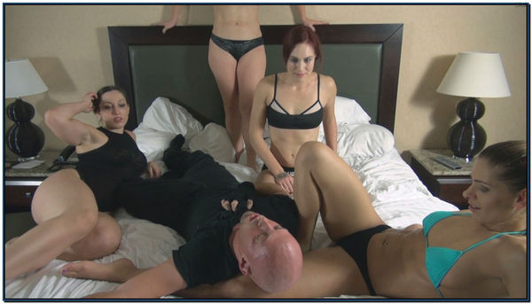 4 Vicious Girls On Bed Female Domination