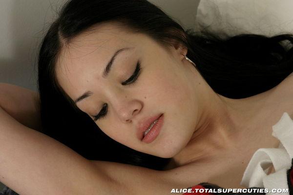 Very gentle Alice already has big breasts