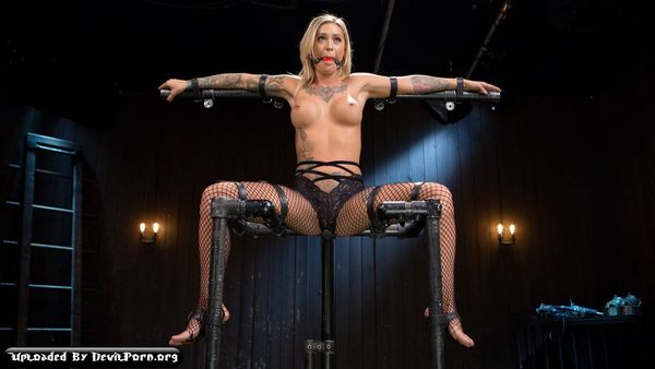 DB – Apr 22, 2016 – The Pope and Kleio Valentien
