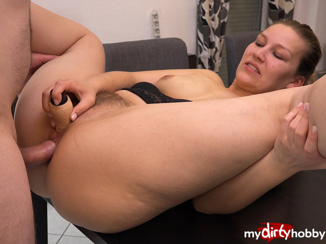 http://s5.depic.me/01821/ugotv749mcff_o/my_first_double_penetration_with_analcreampie_and_dual_orgasm_daddysluder.jpg