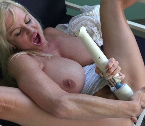 Kelly Madison – Summer Sweet – 07/22/16 – FullHD 1080p