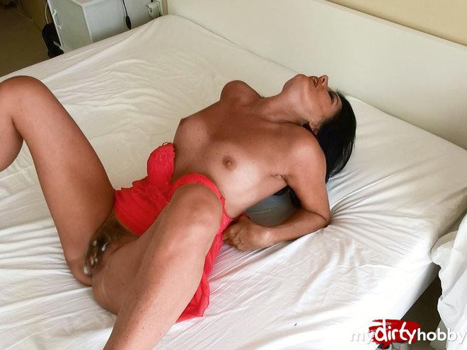 http://s5.depic.me/01881/3hw0sz3742r8_o/spray_your_sperm_in_my_fickspalte_alexandra_wett.jpg